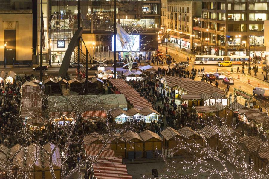 Christkindlmarket in Chicago. (aerial shot)