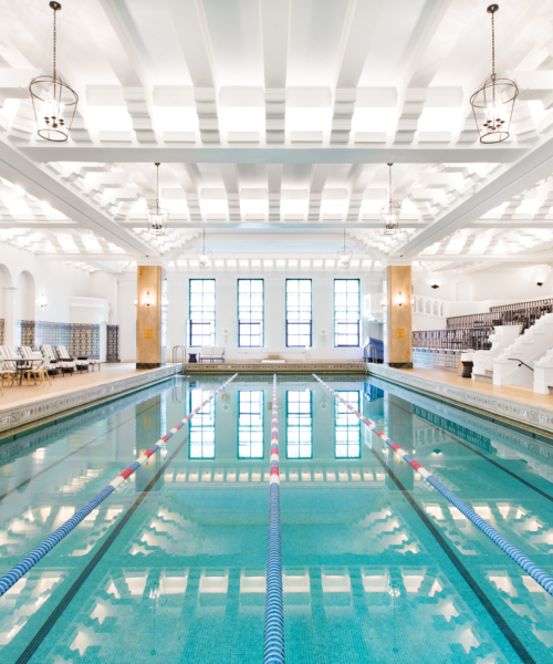 chicagos-top-5-kid-friendly-hotel-pools