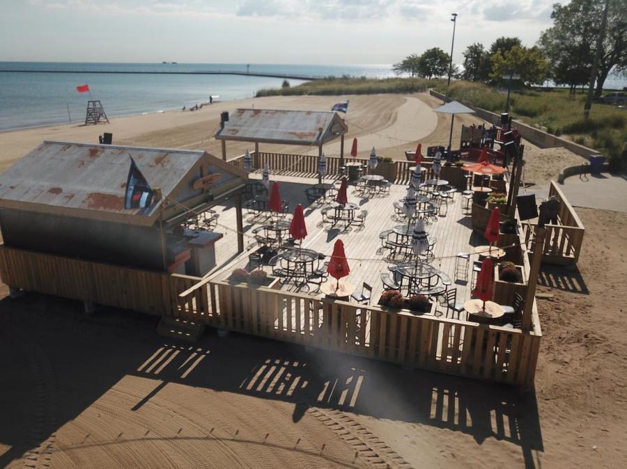 The patio at Reggies on the Beach