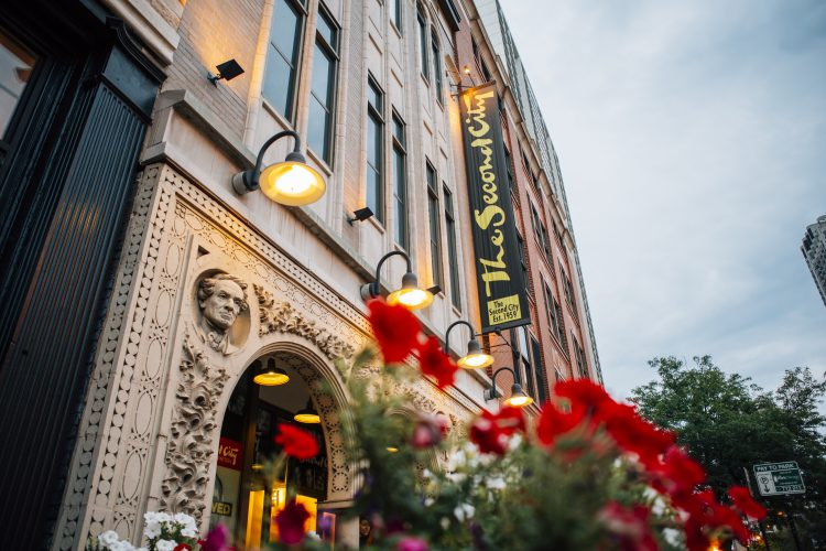 Restaurants Near Theaters In Chicago Find Dining Bars