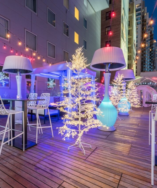 4-rooftop-bars-that-are-heating-up-chicago-this-winter