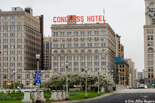 Exterior of Congress Hotel in Chicago