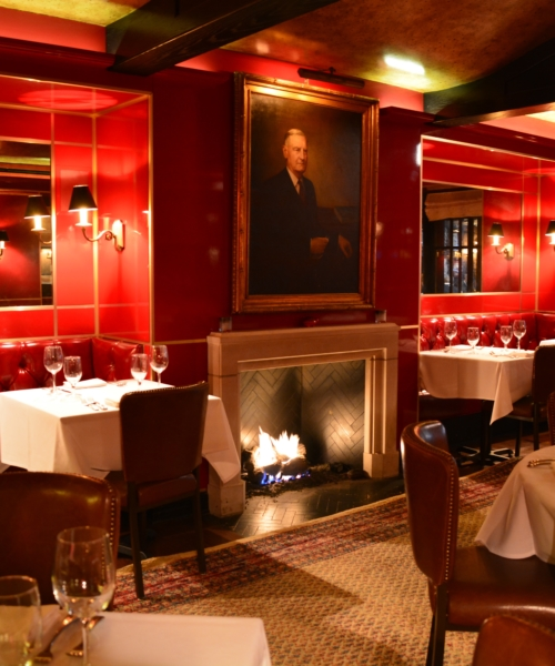 9-festive-restaurants-for-a-holiday-dinner-in-chicago