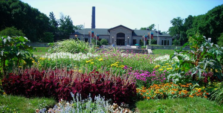 African American Heritage: Chicago Neighborhood Guide