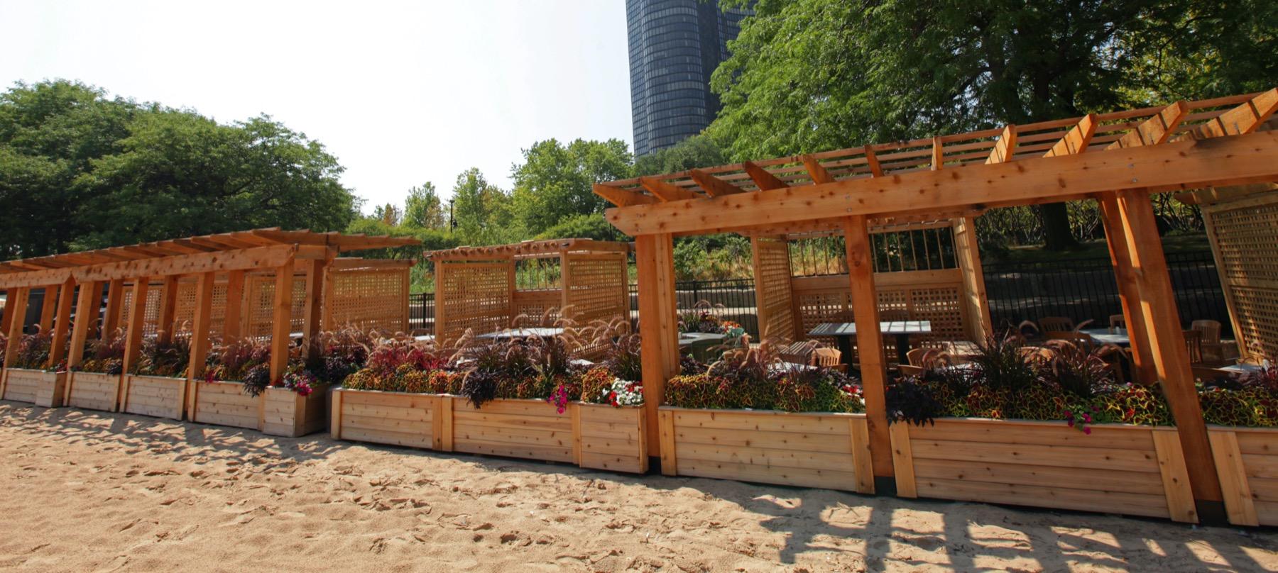 Beachfront restaurants in Chicago
