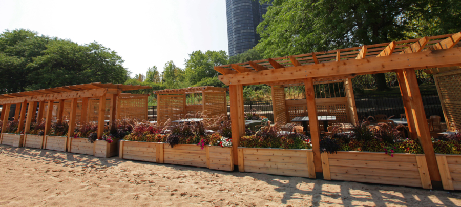 Beachfront restaurants in Chicago