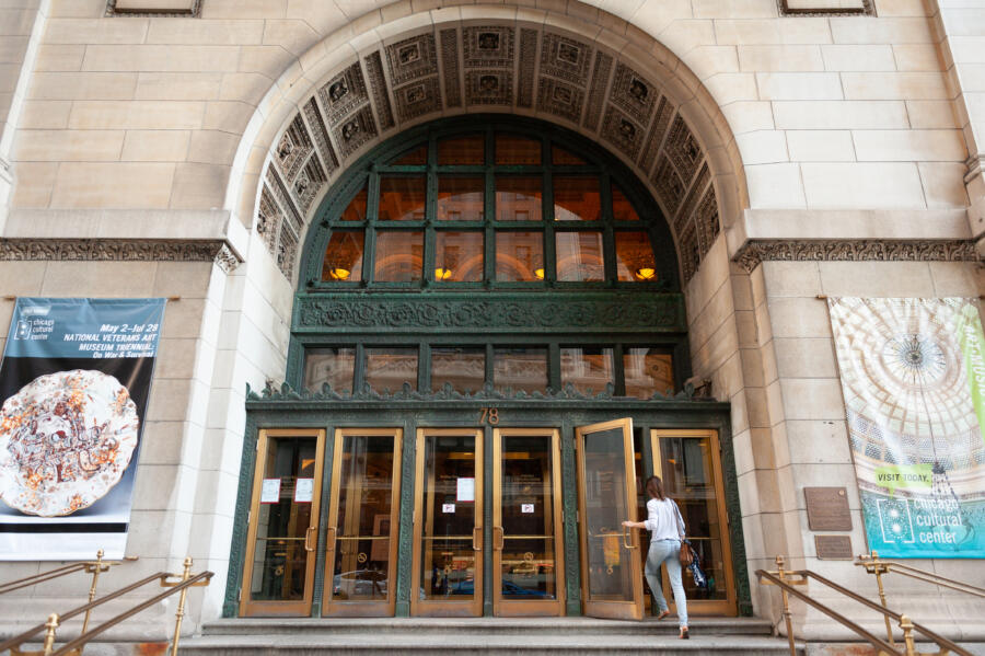 The Washington Street entrance of the Chicago Cultural Center.