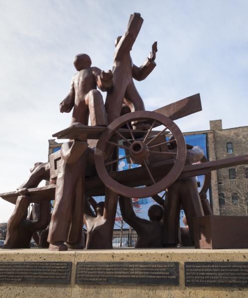 public-art-in-chicagos-neighborhoods