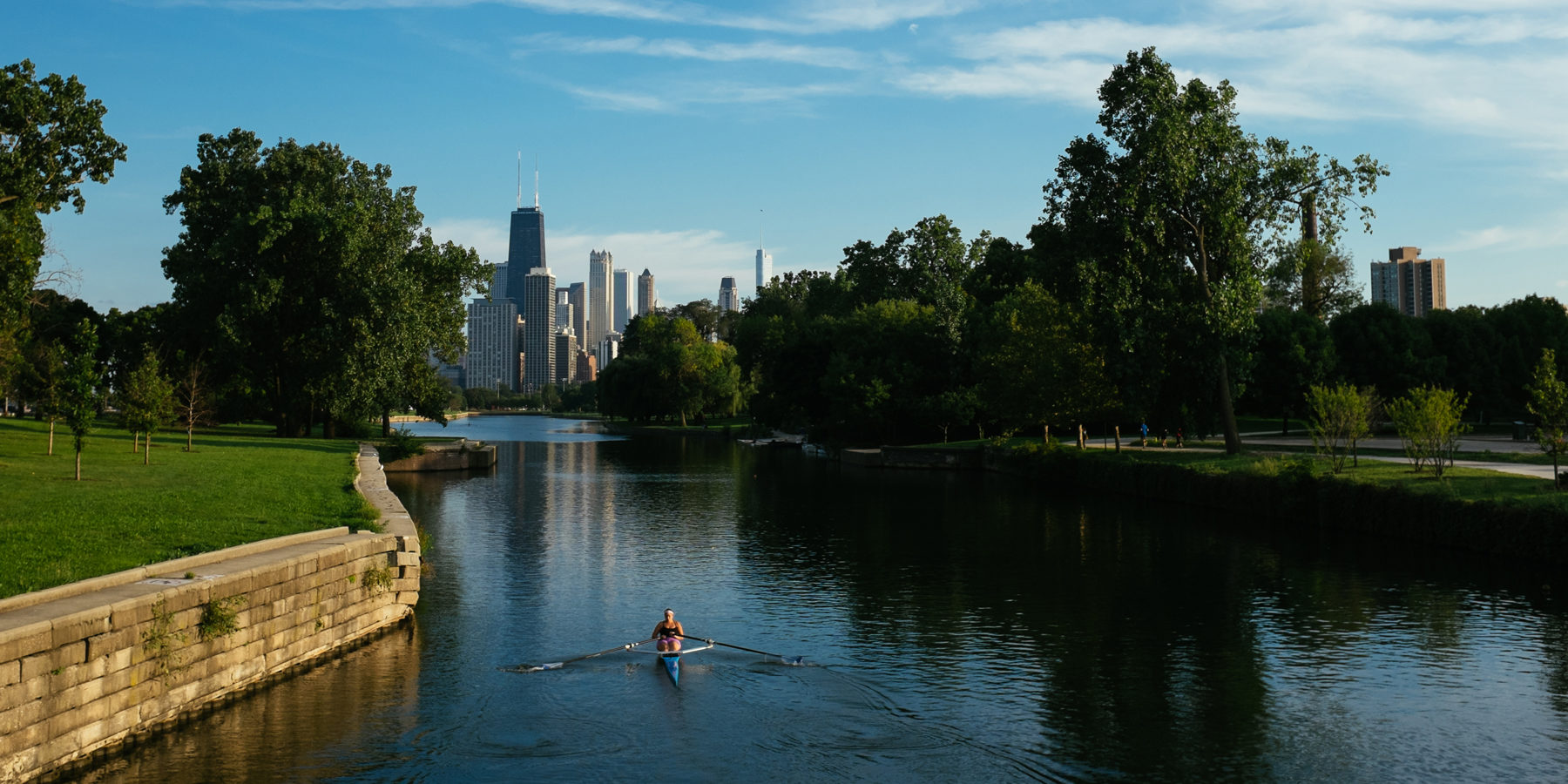 Rowing the Chicago River