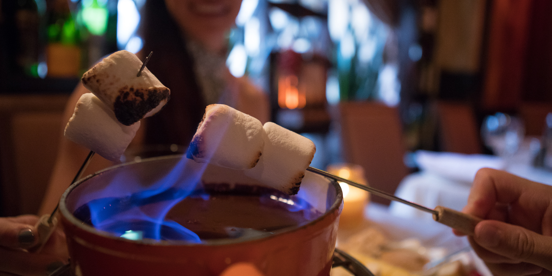 Romantic Restaurants In Chicago Find Candle Light Dinner