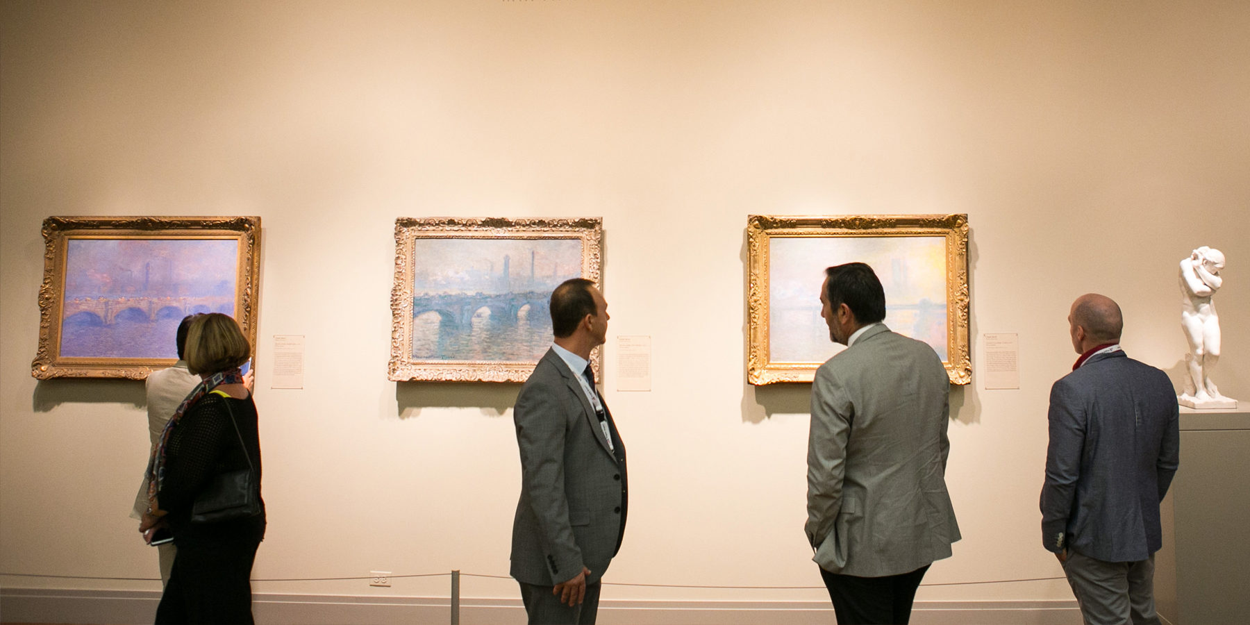 Looking at Monet paintings at Art Institute of Chicago