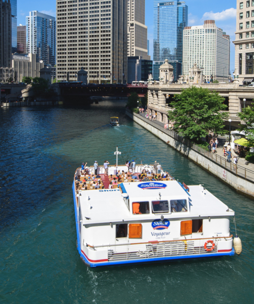 make-waves-on-a-chicago-boat-cruise