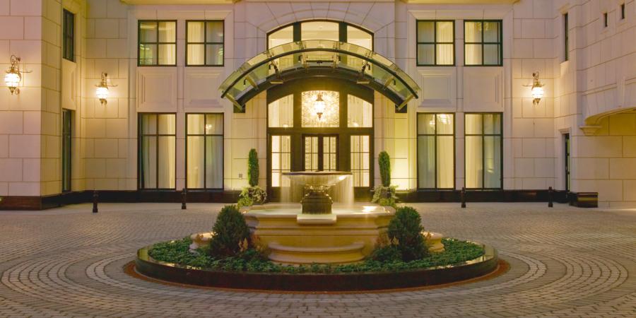 luxury-shopping-goldcoast at Waldorf Astoria Chicago