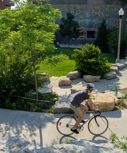 explore-the-606-elevated-park-trail