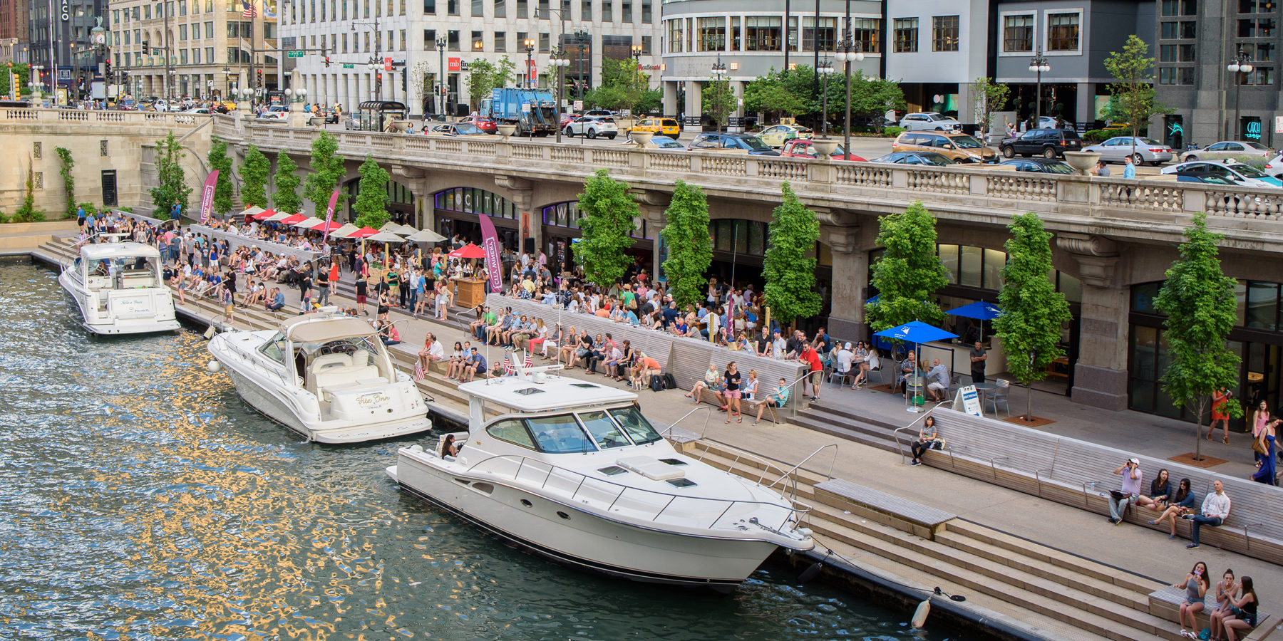 riverwalk-private-yacht