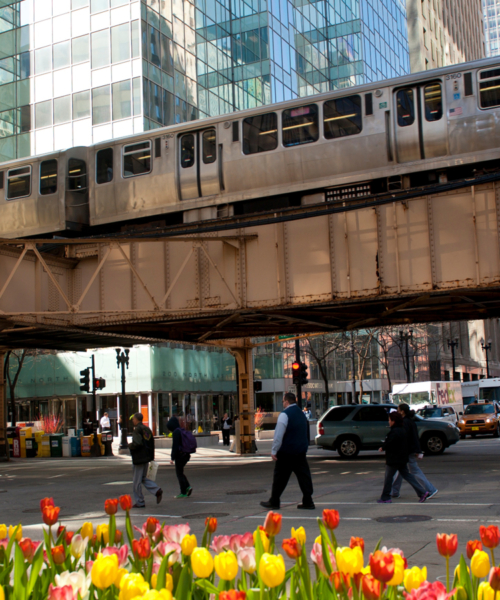 explore-chicago-on-the-l-train
