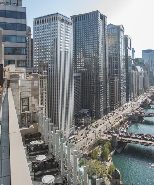 Raised An Urban Rooftop Bar Choose Chicago