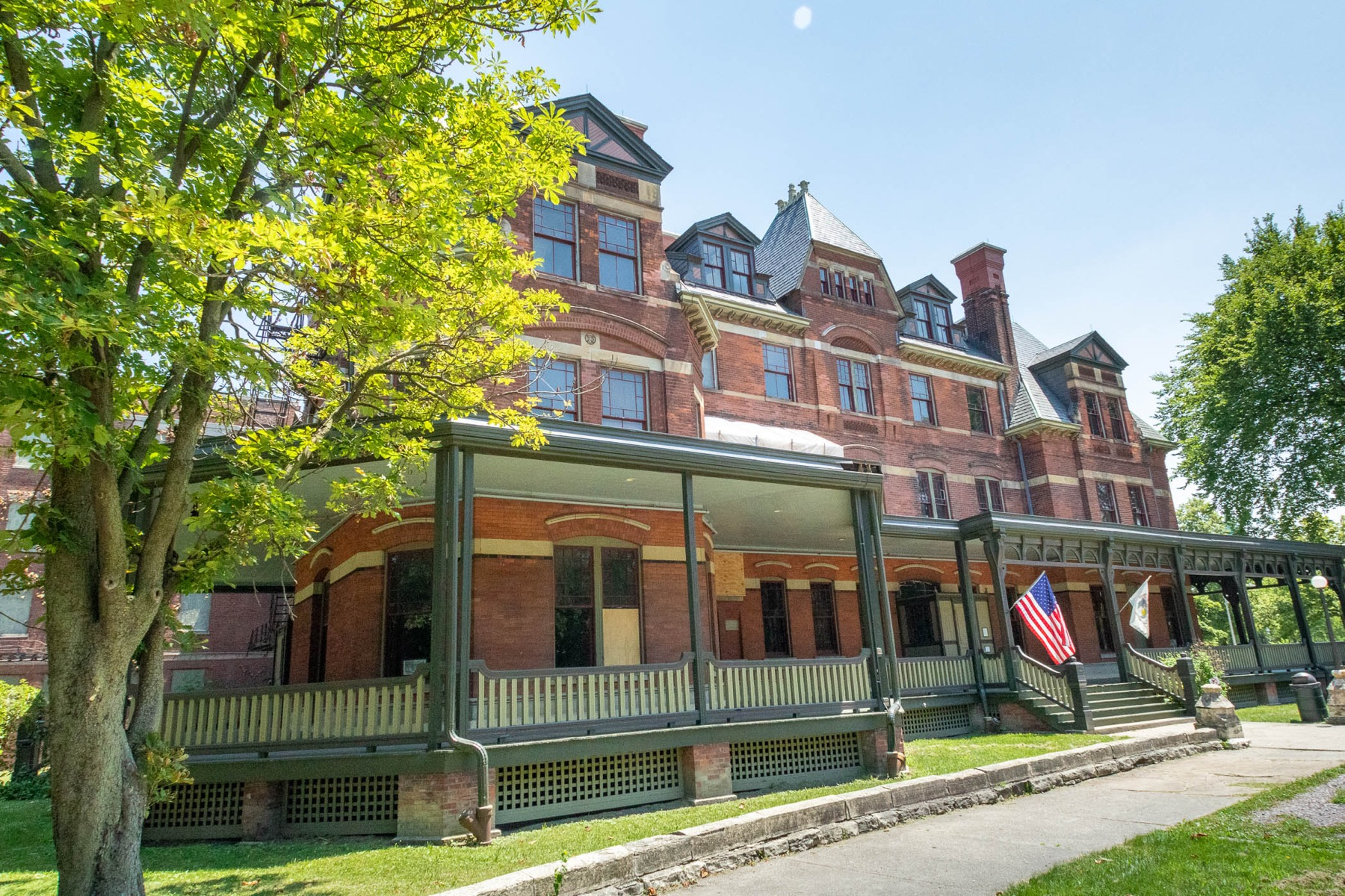 Explore Chicago's historic Pullman neighborhood