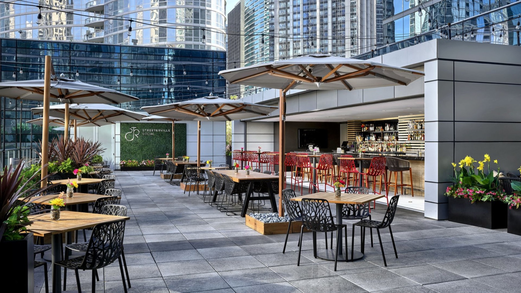 10 Chicago venues with outdoor spaces