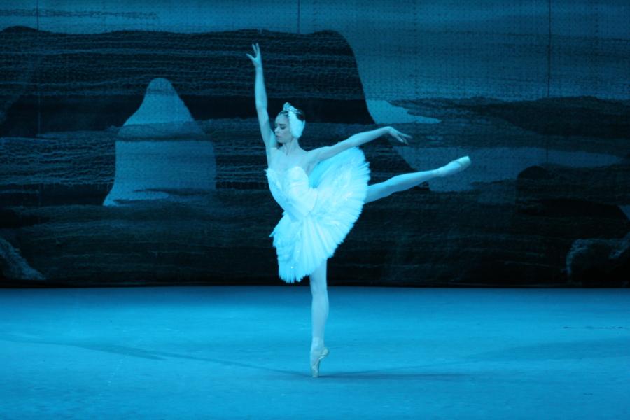 Bolshoi Ballet — Swan Lake