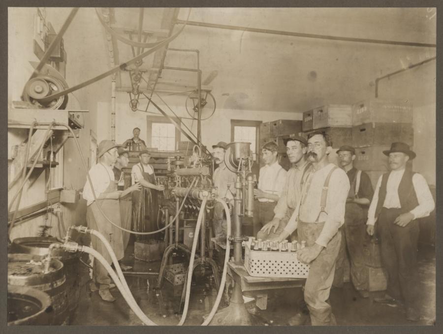 Sieben's Brewing Academy, 1422-1424 Montana Street, Chicago, Illinois, circa 1860s.