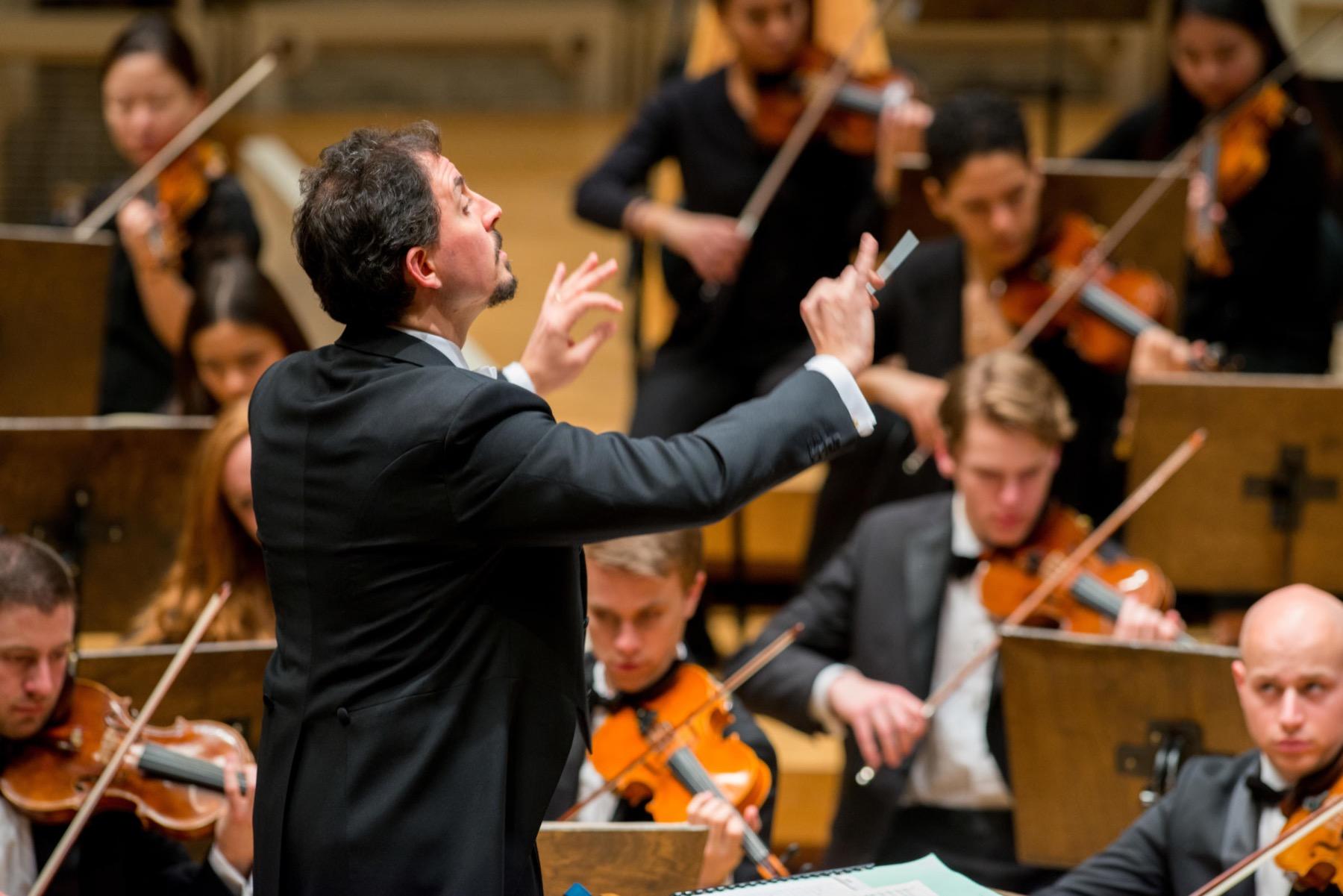 Symphony – Andrizzi conducting 2018