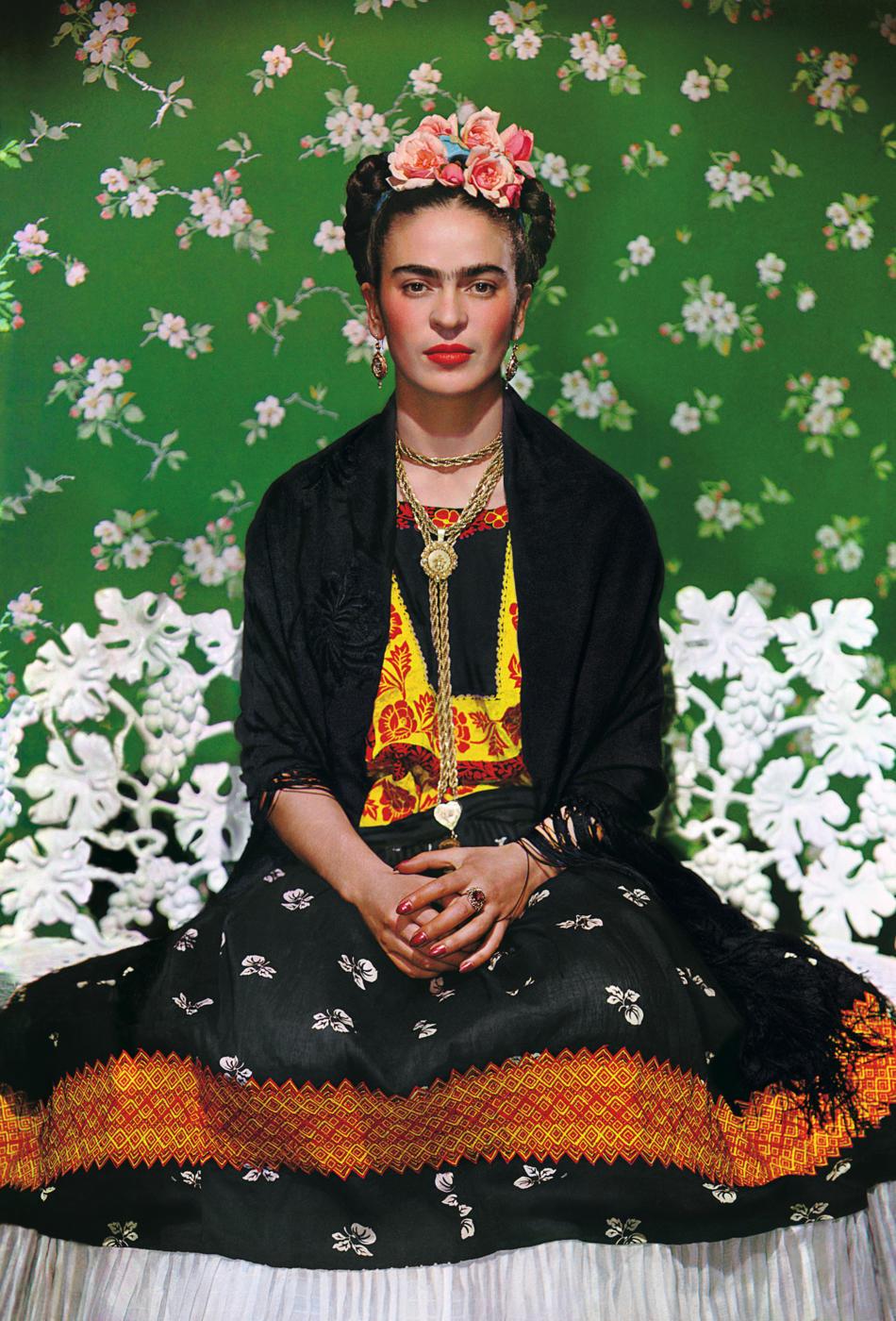 3. Frida on White Bench. Photo by Nickolas Muray; © Nickolas Muray Photo Archives (1)