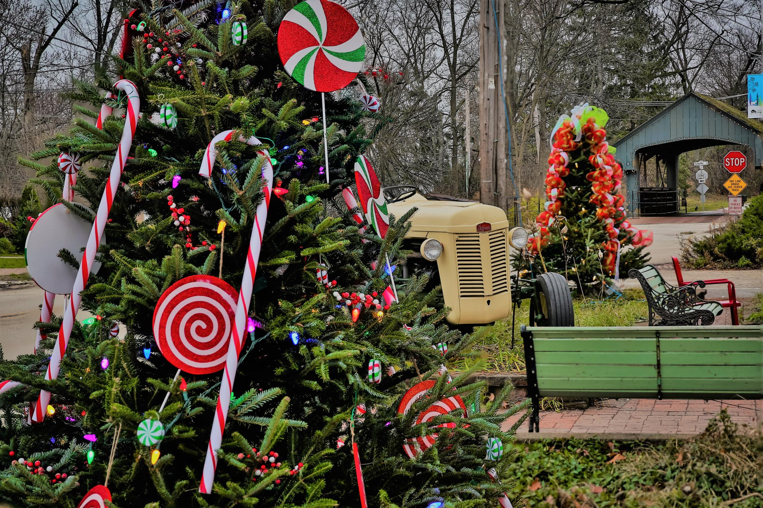 Long Grove Vintage Holidays