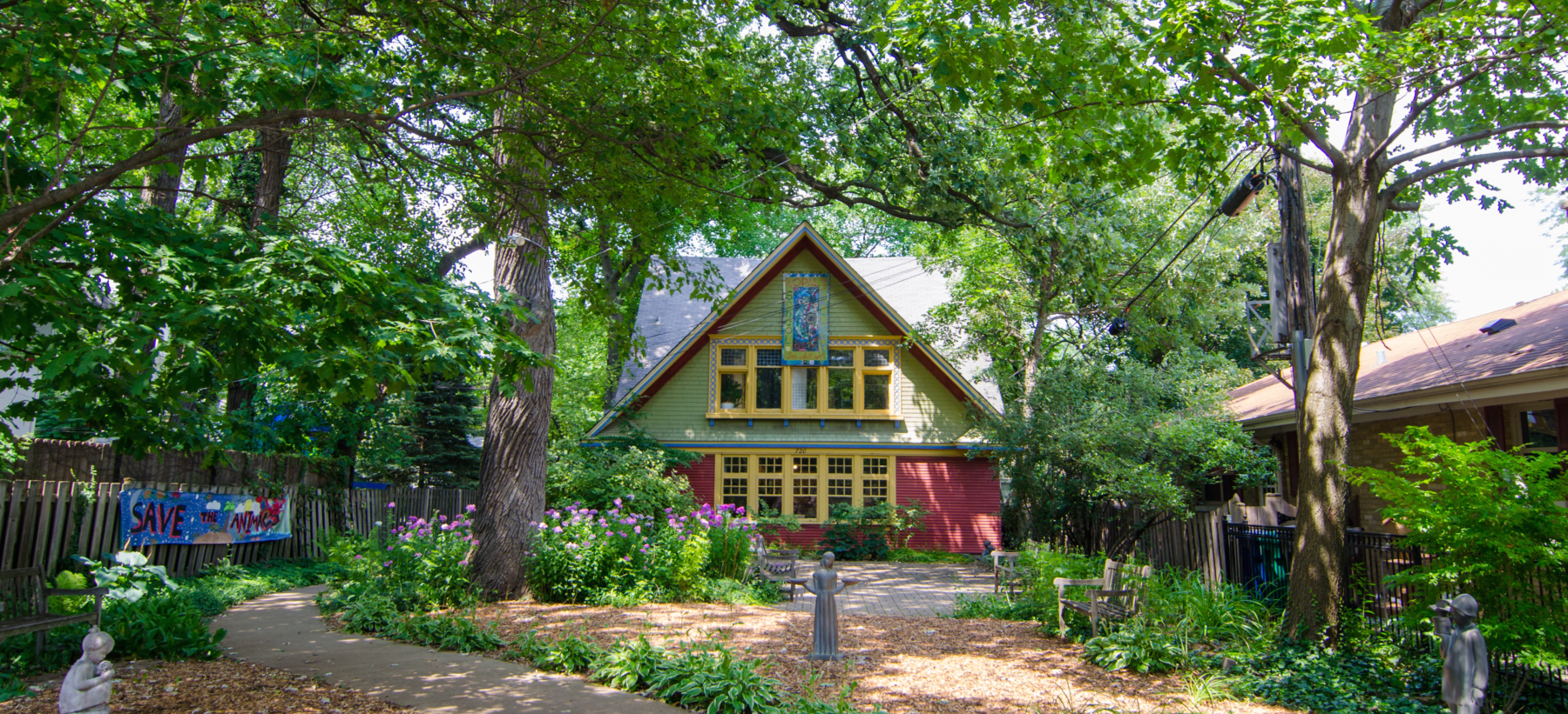 Explore neighborhood architecture outdoors and online during Open House Chicago