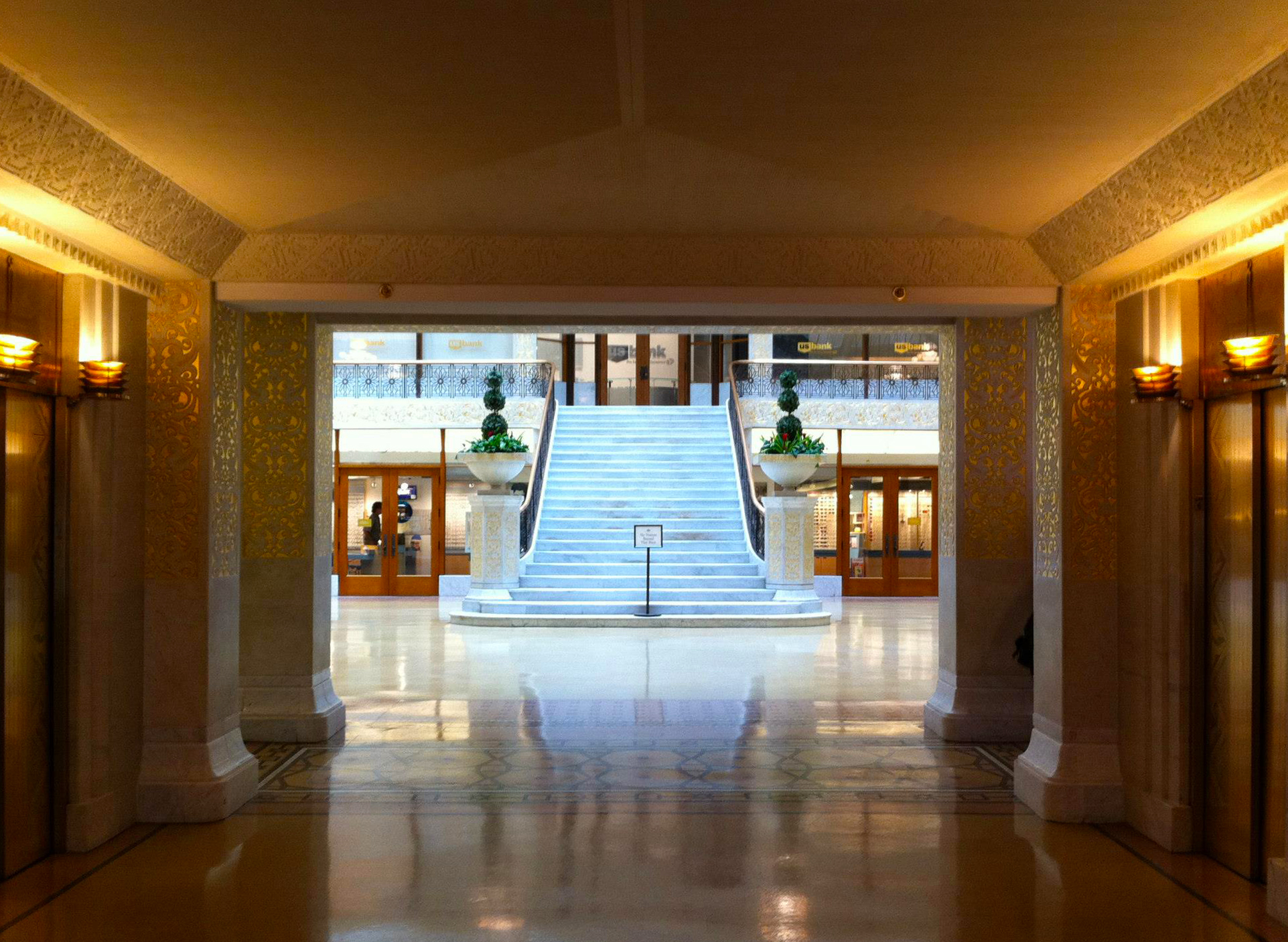 """Downtown Interior Architecture Walking Tour (""""The World Within"""")"""