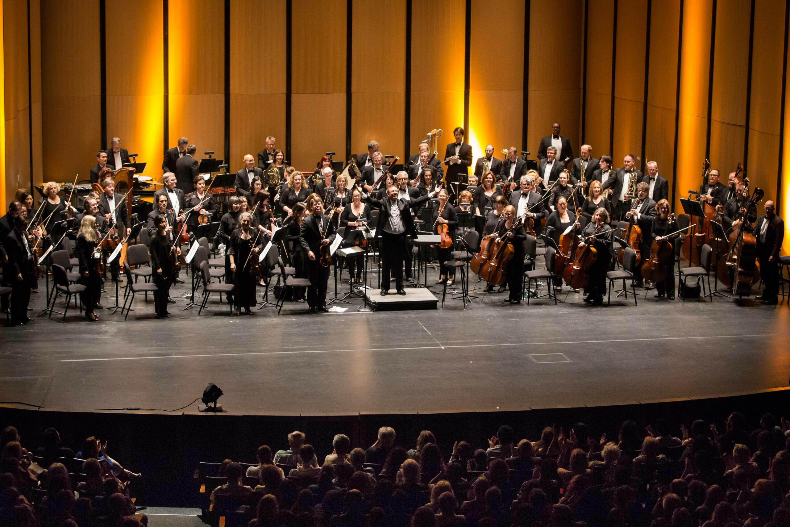 Redemption: Adrian Dunn and Chicago Philharmonic
