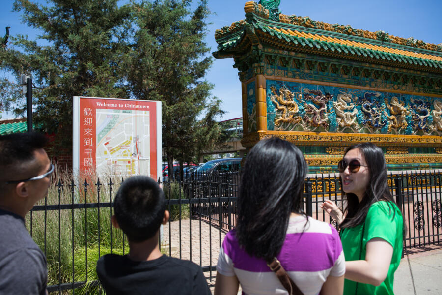 Chicago Greeter tour in Chinatown